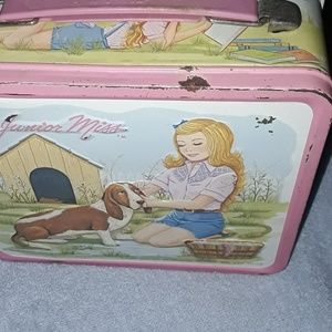 1970S JUNIOR MISS LUNCH BOX!!😊 see all photos!!